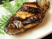 【部屋食】とろける甲州牛ステーキ×虹鱒料理 和室で過ごす♪【2食付】