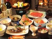 地元の恵みをたっぷり使用した手づくり料理♪※食事一例