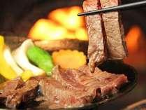 料理-甲州牛の陶板焼き♪とろける旨さを是非お楽しみください。