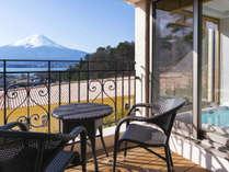 【スタンダード】富士山を望む絶景と自慢の夕朝食で癒しの旅を 〜南仏プロヴァンス薫る館で贅沢なひと時〜