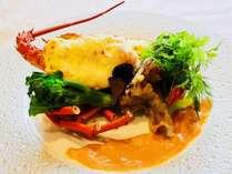 【夕食】テルミドールはこんがりと焼き上げたチーズに白ワインを使用した至高の一皿です。