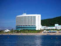 ホテル外観・海から見た伊良湖シーパーク