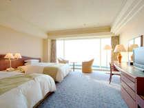 ◆スーペリアツイン(36平米/エグゼクティブフロア)寝心地のよさを追求した、落ち着いた雰囲気