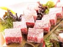 熊本の伝統和牛「あか牛」のサーロインステーキ