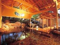 岩造り露天風呂「日光の湯」男性用 夜イメージ