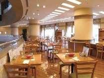 開放的な店内は大人の魅力満載。西欧料理『サルーテ』