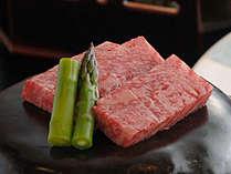 但馬牛の陶板ステーキ