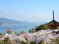 宮島へは高速船で26分のダイレクトアクセス