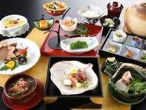 老舗日本料理「なだ万」で味わう懐石(※イメージ)【2019年秋】