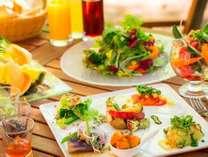 YYグリル朝食~八ヶ岳の目覚めは50種類の野菜から~