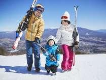 ウェア上下・板・シューズがレンタル無料なので手ぶらでスキーが楽しめます