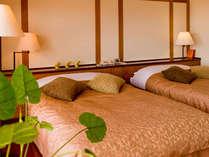 【スタンダードツイン】ベッドはセパレートのツインタイプ。ご希望によりハリウッドツインにもご変更可能。