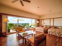 全室49平米以上のカヌチャのゲストルームは、高い天井と大きな窓が特徴。