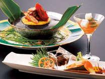 【和食】地元でとれた野菜や魚などといった「旬」の新鮮食材を用いて上質な和の美食を彩ります。