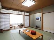 和室10畳 2~5名様向けの和室です