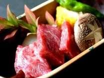 ■料理■とろける上州牛の石焼きイメージ。美味しい地元産野菜とお召し上がり下さい。