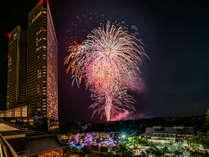 7月23日から夏休み期間中は毎日打ち上げ花火が。