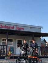 island jam ランチは11時~15時です。