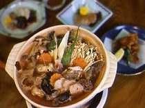 あんこう鍋やとも酢、唐揚げなどのお料理を(一例)