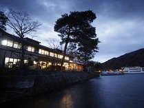 ホテル湖上苑