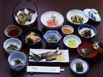 料理一例。季節の旬をお楽しみください