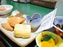 ◆朝食:日替わりの煮物、焼き物等、手作りの和定食をご用意いたします。