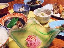 ≪平日限定≫通常2食同内容で@1080円引!家族風呂も予約不要が嬉しい♪