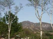 秋田駒ヶ岳を望む