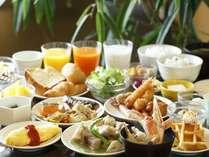 手作りの卵料理やワッフルが女性にも人気★和洋食バイキングのご朝食※イメージ