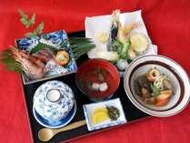 *【夕食一例】優しい味付けの手作り日替わり定食
