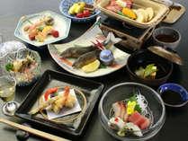 うをよしスタンダード季節会席【竹】割烹旅館ならではの心を込めた逸品をお出ししています。