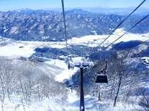 白馬五竜スキー場。眺望抜群のアルプス平までゴンドラ一気に登れます!