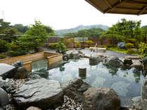 青山高原の景色が楽しめるしらさぎ苑露天風呂
