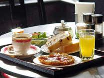 【洋食】館内レストランにてam7:00~am11:00まで★毎月第2日曜日は定休日となっております。