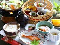 ■身体喜ぶ朝食を。〇 地の食材がふんだんに楽しめる和食膳