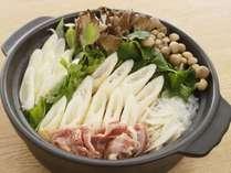 本物の味!きりたんぽ鍋は夕食バイキングにて毎日提供しております!