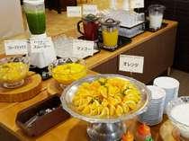 朝食一例 フルーツコーナー