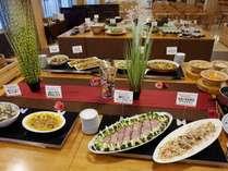 夕食一例 季節の食材を使用したメニュー
