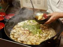 夕食一例 オープンキッチン秋田名物きりたんぽ鍋