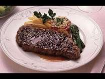ボリューム満点メイン肉料理