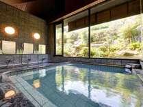 *大浴場/宮浜温泉はラドンの含有率が多く、湯上り後も温かさが持続します。