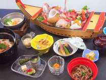 料理/夏の会席(一例)旬の魚料理と自家製手打ち蕎麦を是非ご賞味ください