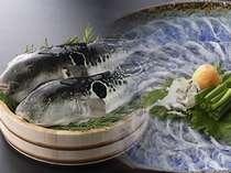食せば「ふく」を呼ぶ!本場下関で70年以上の歴史ある割烹のふぐ料理をご堪能ください