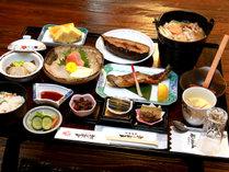 【うさぎ鍋】やわらかく淡白な肉質のうさぎはマタギ文化のスタンダード料理!