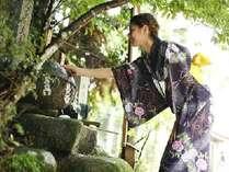 """玉作湯神社の""""願い石""""!?願いが叶うといいですね。"""