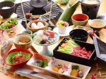 鹿児島3大黒ブランド(黒牛、黒豚、黒さつま鶏)の饗宴をお楽しみください(画像は一例)。