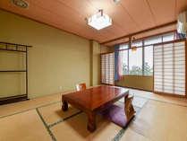 *3階和室10畳/広々としていたシックな和室の空間に癒されてください。