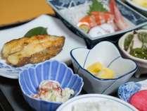 *夕食/女将自らが八戸港で仕入れてきた新鮮な海の幸をご用意いたします。