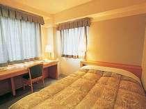 【シングルルーム】2名でも宿泊可能なセミダブルルーム