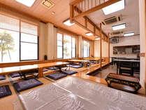 *お食事処/お座敷もしくはテーブル席で日本海の新鮮な魚介類を中心とした料理をご堪能下さい。
